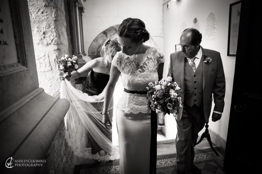 Lake of Menteith wedding brides father